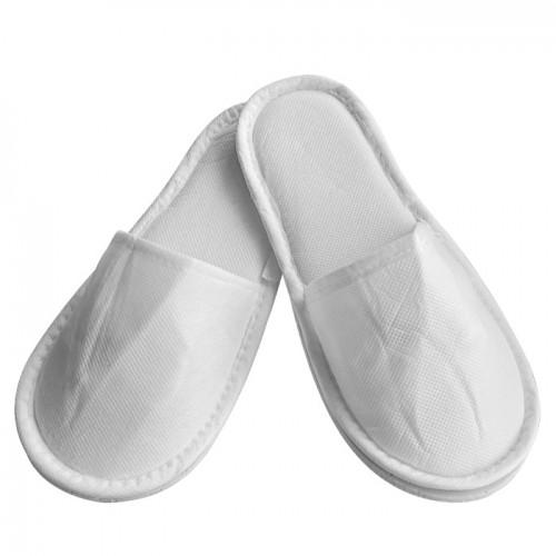 Плътни чехли от нетъкан текстил с твърда подметка, Бял