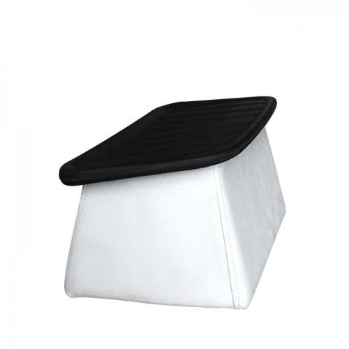 Нестандартна стойка за крака в бяло и черно модел D420